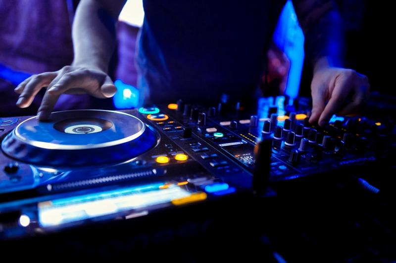 dj-mixen-hochzeit